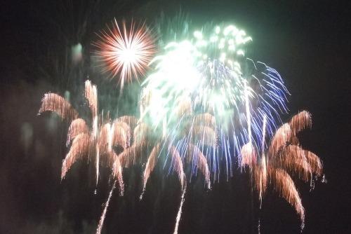 fireworks-1203586_960_720